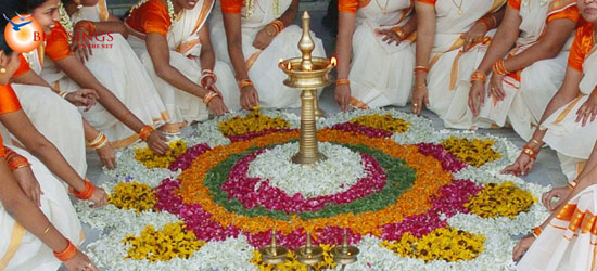 a look at the onam festival of kerala They hopped over the compound walls to look at and creative head for paradise holidays, cochin a kerala based tour about onam festival in kerala if.