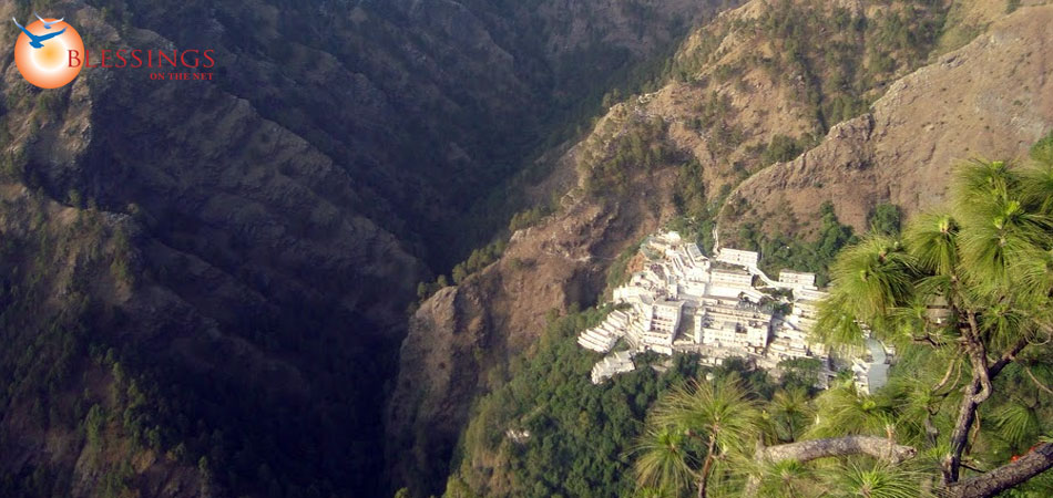 vaishno devi road with Travel Guide To Katra on Vaishnodevi Yatra Banganga To Charan Paduka also Watch further Famous Temples In Vrindavan also Dsc02017 3 together with Amarnath Temple Considered To Be One Of.