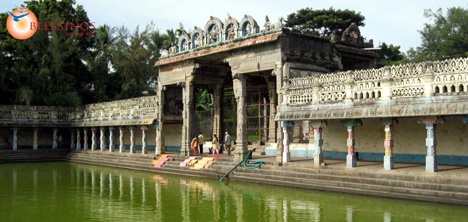 Vaitheeswaran Koil - Temple Tank