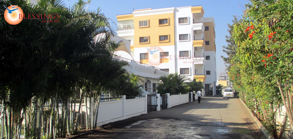 Hotel Silver Oak Holiday Homes Shirdi