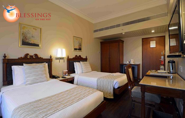 Hotel Sun N Sand Mumbai