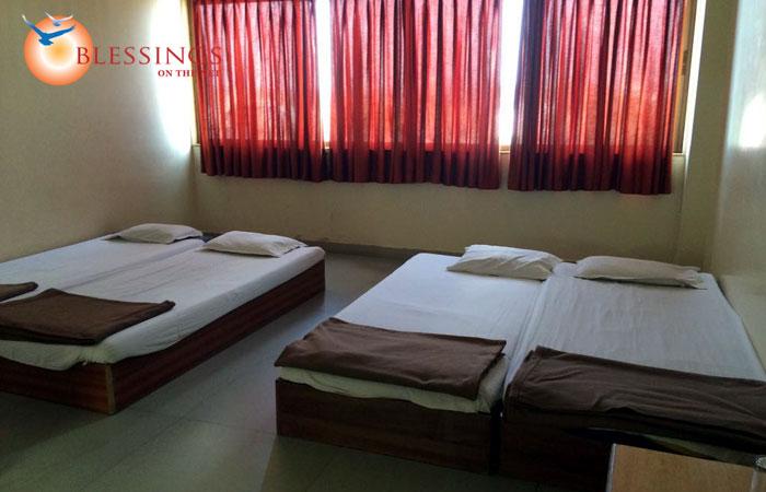 Standard Room 4 Bed