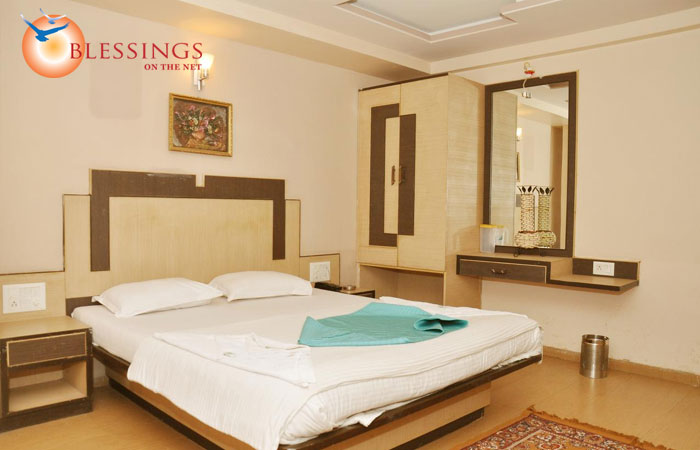 Hotel Sai Suraj Palace, Shirdi