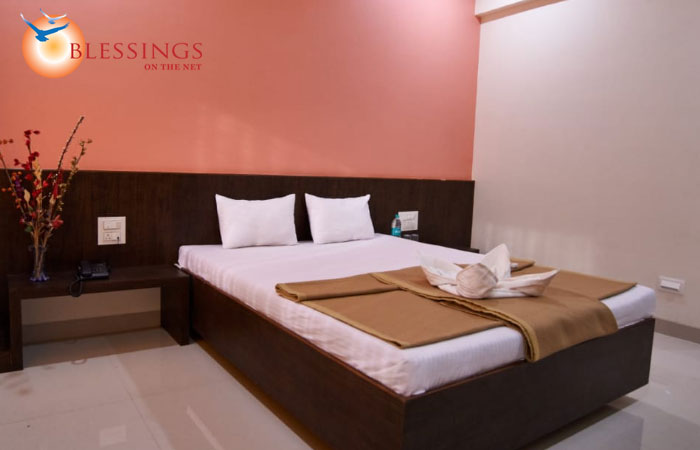 Hotel Pride Inn, Shirdi