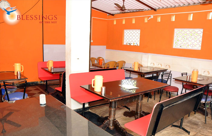 Vindya Home Stay Restaurants