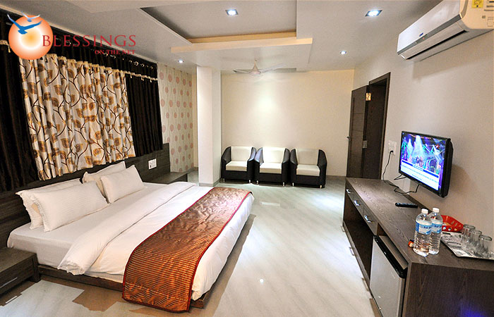 Std Dbl Bed Room