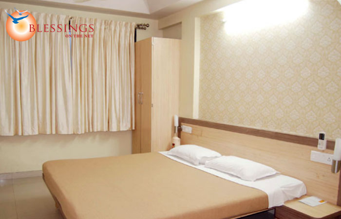 Hotel Satish Executive, Pune