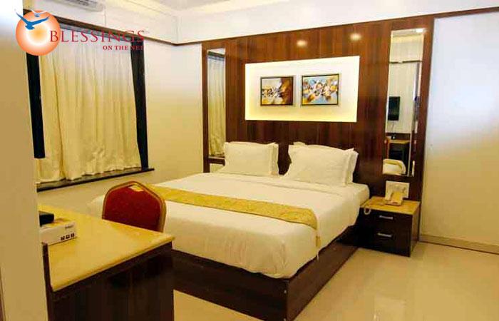 Majestic Room