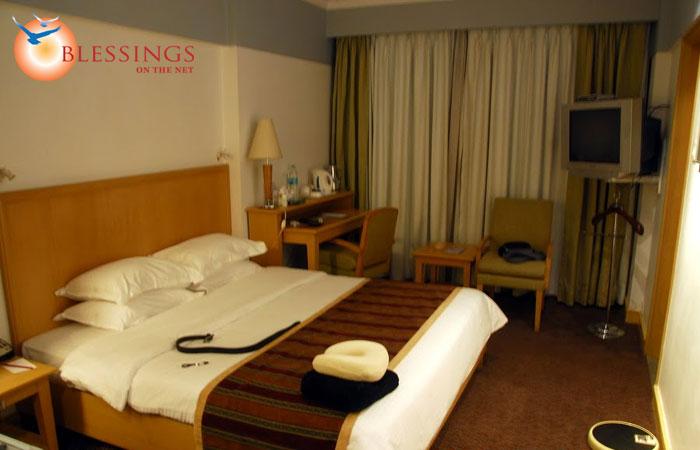 Hotel Fariyas