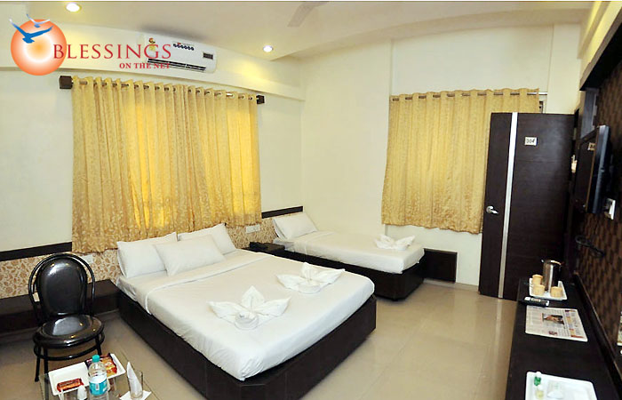 Executive Triple Bed