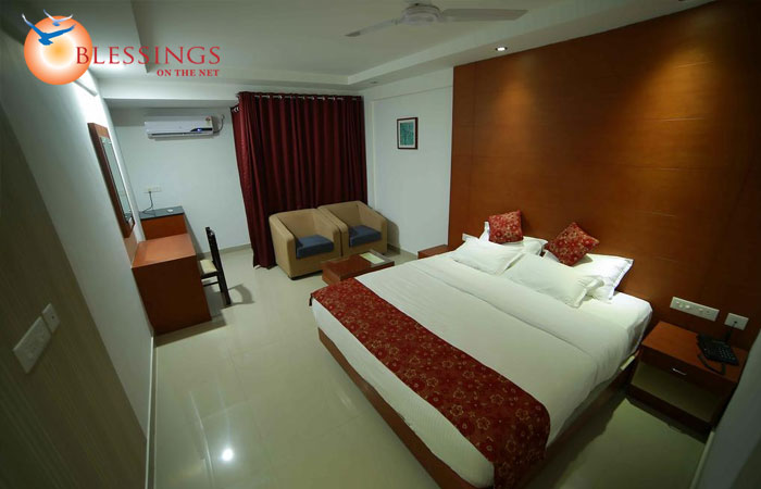 Nakshatra Emerald Inn
