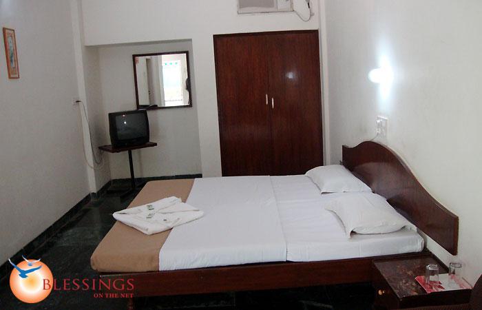 Hotel Sai Sahavas