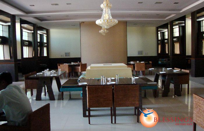 Hotel Reeva Suites Shirdi