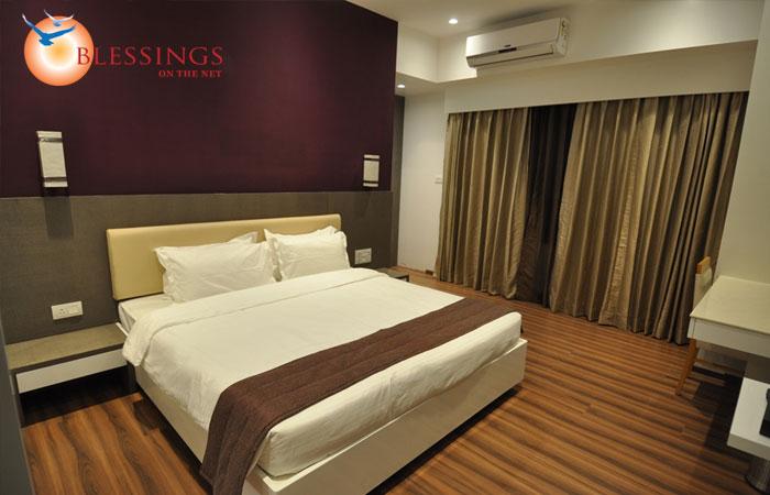 Tarawade Clarks Inn, Pune