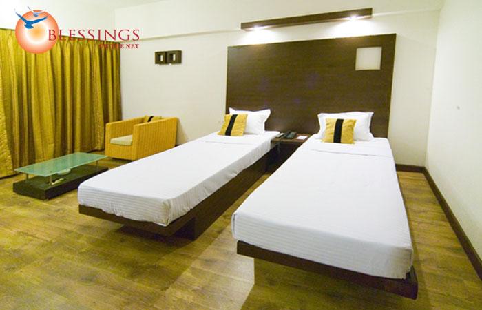 Hotel Emerald Park, Nashik