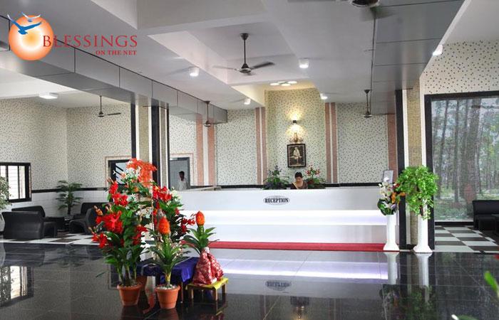 Shri SaiBaba Satsang Mandal, Shirdi
