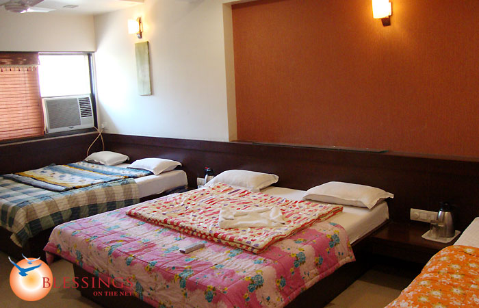 5- Bed' Rooms with two bathrooms, LCD tv, intercom.