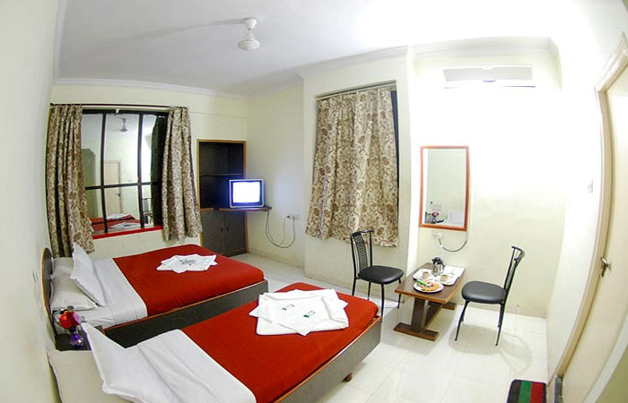 Triple Bed rooms