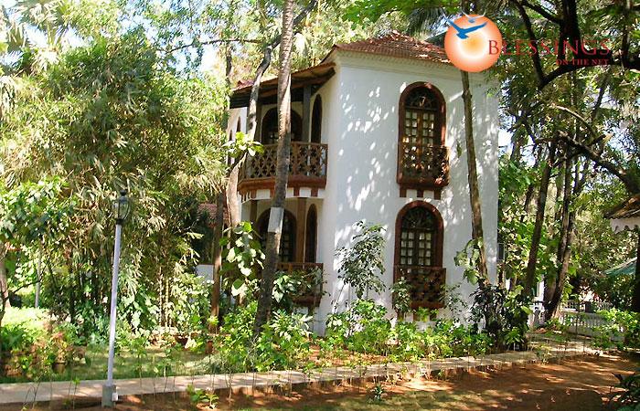 Villa Goesa Beach Resort Contact