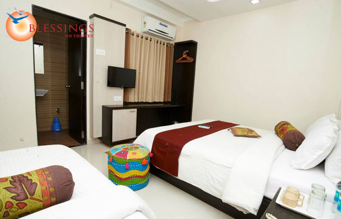 Triple Bed Ac Room
