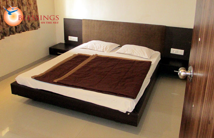 Sai Bhoomi Service Apartment, Shirdi