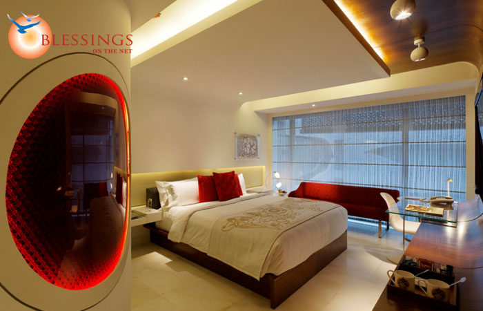 Luxury Room in Ruby Jewel Tone