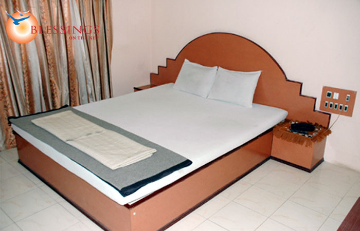 Delux Double Bed