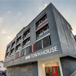 Townhouse 063 M G Road